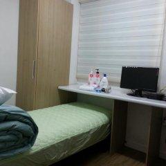 Отель sinchon livingtel комната для гостей фото 3