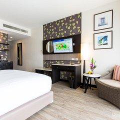 Отель Deevana Plaza Phuket 4* Номер Делюкс с двуспальной кроватью фото 3