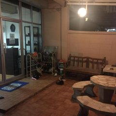 Stay Hostel Бангкок развлечения