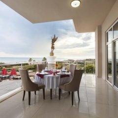 Throne Seagate Resort Hotel – All Inclusive Турция, Богазкент - отзывы, цены и фото номеров - забронировать отель Throne Seagate Resort Hotel – All Inclusive онлайн балкон