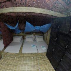 Отель Trek King Kong House Кровать в общем номере фото 5