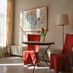 Отель Casa Luna Нидерланды, Амстердам - отзывы, цены и фото номеров - забронировать отель Casa Luna онлайн удобства в номере фото 2