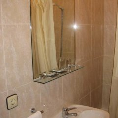 Отель Hostal Linar Стандартный номер с различными типами кроватей фото 4