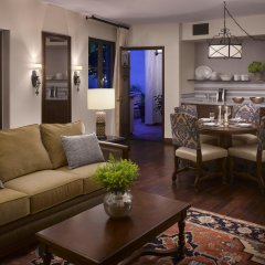 Отель Plaza la Reina 4* Представительский люкс с различными типами кроватей фото 2