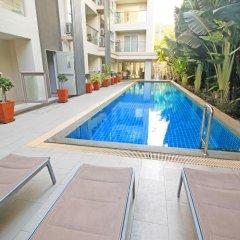 Отель The Place Pratumnak by Pattaya Sunny Rentals Таиланд, Паттайя - отзывы, цены и фото номеров - забронировать отель The Place Pratumnak by Pattaya Sunny Rentals онлайн бассейн фото 3