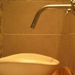 Отель De Bouche A Oreille Сан-Рафаэль ванная