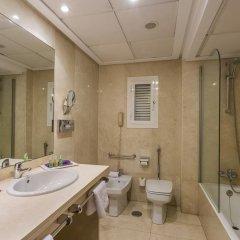 Ayre Hotel Astoria Palace 4* Улучшенный номер с различными типами кроватей фото 4