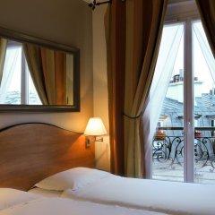 Отель Hôtel Eden Montmartre 3* Улучшенный номер с 2 отдельными кроватями фото 6