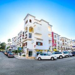 Отель Claudia Villamartín Golf парковка