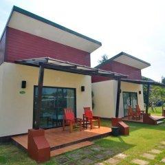 Отель Golden Bay Cottage 3* Бунгало Делюкс с различными типами кроватей фото 30