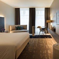 Renaissance Hamburg Hotel 5* Номер Делюкс с различными типами кроватей