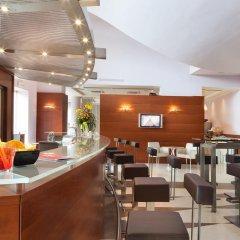 Отель Rafael Италия, Милан - отзывы, цены и фото номеров - забронировать отель Rafael онлайн гостиничный бар