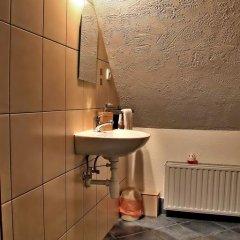 Отель Camping Pod Krokwia Польша, Закопане - отзывы, цены и фото номеров - забронировать отель Camping Pod Krokwia онлайн ванная