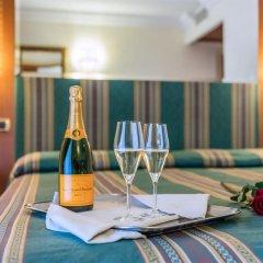 Отель Luce в номере