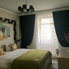 Мини-отель Набат Палас Стандартный семейный номер с двуспальной кроватью фото 3