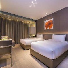 Отель Novotel Shanghai Clover 4* Номер Премьер с 2 отдельными кроватями фото 7