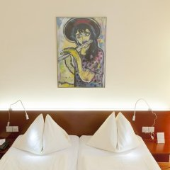 Отель Goldener Schlüssel 3* Стандартный номер с двуспальной кроватью фото 12