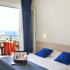 Hotel Fantasy Римини комната для гостей