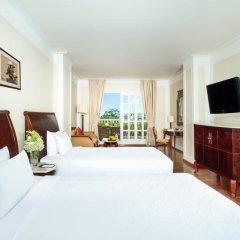 Sunrise Nha Trang Beach Hotel & Spa 4* Улучшенный номер с 2 отдельными кроватями фото 3