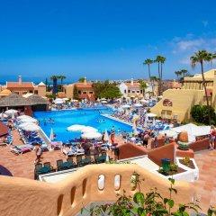 Отель Tagoro Family & Fun Costa Adeje - All Inclusive бассейн