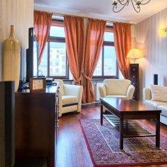Отель SleepWalker Boutique Suites 3* Номер Делюкс с двуспальной кроватью фото 21