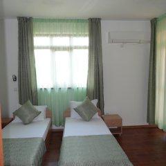 Отель Guest House Ivanini Houses Боженци комната для гостей фото 3