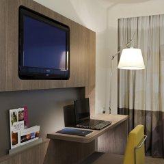 Отель Novotel Brussels City Centre 4* Улучшенный номер с разными типами кроватей фото 4
