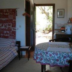 Отель Kortiri Studios Аристотелес комната для гостей фото 3