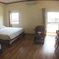 Отель Phuket Airport Suites & Lounge Bar - Club 96 Стандартный номер с двуспальной кроватью фото 10