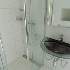 iQ130 Hotel Цюрих ванная