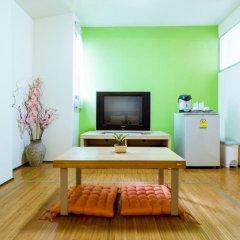 Апартаменты Phuket Center Apartment Стандартный номер с различными типами кроватей фото 3