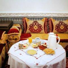 Отель Riad Youssef Марокко, Фес - отзывы, цены и фото номеров - забронировать отель Riad Youssef онлайн в номере