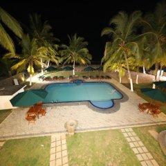 Отель Royal Beach Resort Шри-Ланка, Индурува - отзывы, цены и фото номеров - забронировать отель Royal Beach Resort онлайн бассейн фото 2