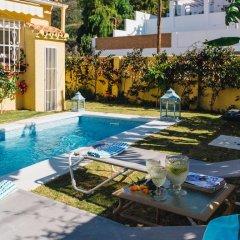 Отель Charming Country House Torremolinos Торремолинос бассейн фото 3