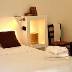 Отель Azzurretta Guest House Лечче сейф в номере