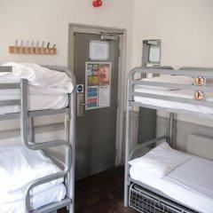 Отель St Christophers The Inn - London Bridge Кровать в общем номере с двухъярусной кроватью фото 10