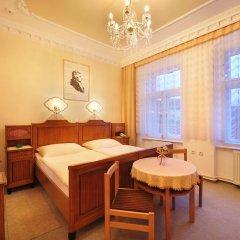 Отель Pension Amadeus 3* Стандартный номер с различными типами кроватей фото 2