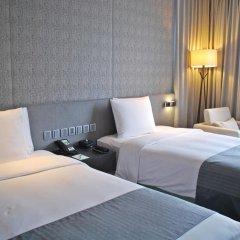 Отель Holiday Inn Bangkok Sukhumvit 4* Номер Премьер фото 6