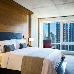 Renaissance New York Midtown Hotel 4* Стандартный номер с различными типами кроватей фото 8