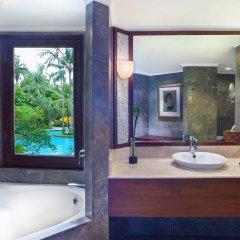 Отель The Laguna, a Luxury Collection Resort & Spa, Nusa Dua, Bali 5* Представительский люкс с различными типами кроватей фото 10