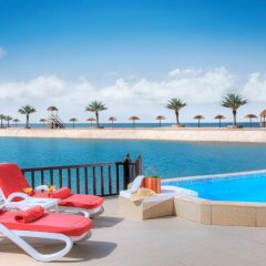 Отель The Cove Rotana Resort 5* Вилла с различными типами кроватей фото 5