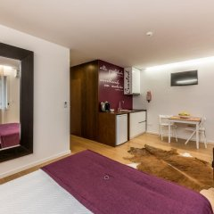 Отель Lounge Inn 3* Апартаменты разные типы кроватей фото 14