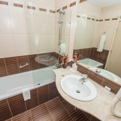 Отель Родопи Отель Болгария, Чепеларе - отзывы, цены и фото номеров - забронировать отель Родопи Отель онлайн ванная