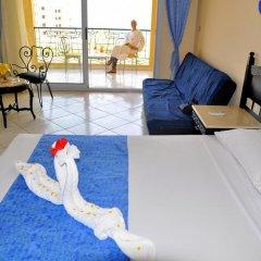 Отель King Tut Aqua Park Beach Resort - All Inclusive 3* Улучшенный номер с различными типами кроватей фото 6