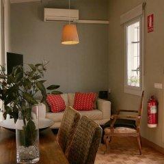 Отель Giralt Apartment Испания, Барселона - отзывы, цены и фото номеров - забронировать отель Giralt Apartment онлайн комната для гостей фото 5