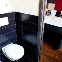 Отель Le Centenaire Brussels Expo Бельгия, Брюссель - отзывы, цены и фото номеров - забронировать отель Le Centenaire Brussels Expo онлайн ванная