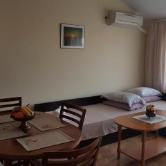 Отель Tashevi Apartments Болгария, Поморие - отзывы, цены и фото номеров - забронировать отель Tashevi Apartments онлайн комната для гостей фото 4