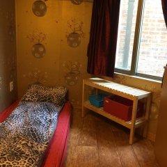 Отель Bong House Номер с общей ванной комнатой с различными типами кроватей (общая ванная комната) фото 2