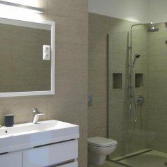 Отель Empire of Liberty Apartment Венгрия, Будапешт - отзывы, цены и фото номеров - забронировать отель Empire of Liberty Apartment онлайн ванная фото 2