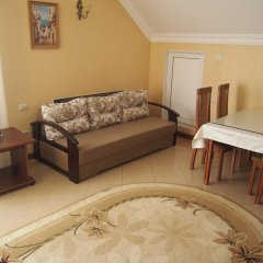 Гостевой дом Мамайка комната для гостей фото 5